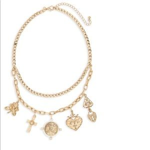 Cross & lock necklace 💕💋